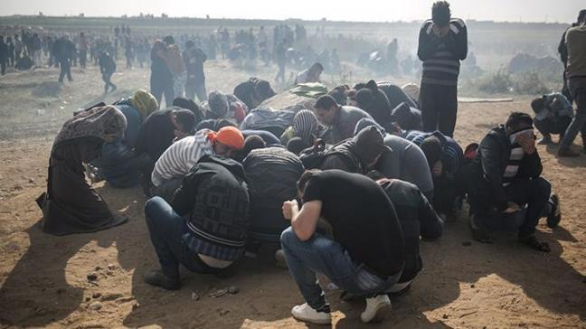 İşgalci İsrail Filistinlilere saldırdı: 15 şehit