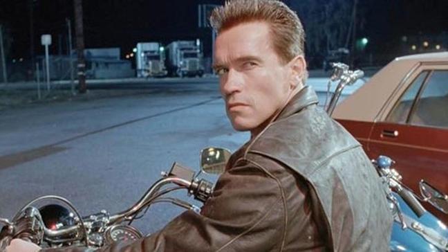 Arnold Schwarzenegger ameliyata alındı