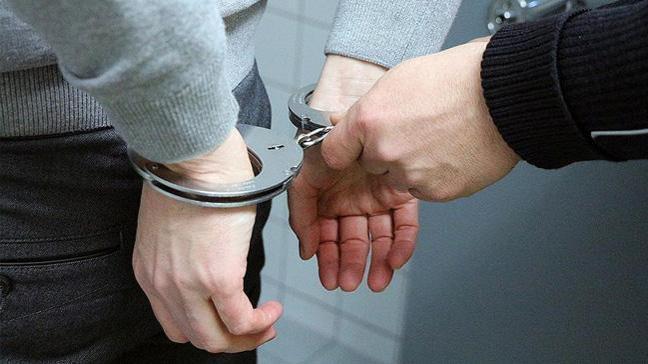 Romanya'daki FETÖ okulunda beden öğretmeni cinsel taciz suçlamasıyla gözaltına alındı