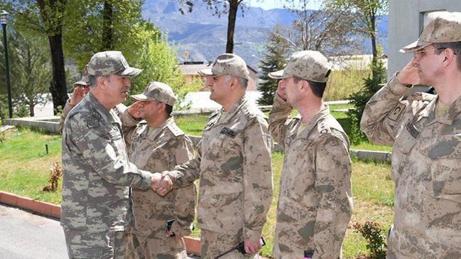 Genelkurmay Başkanı Org. Akar Tunceli Jandarma Bölge Komutanlığını ziyaret edip birlikleri denetledi