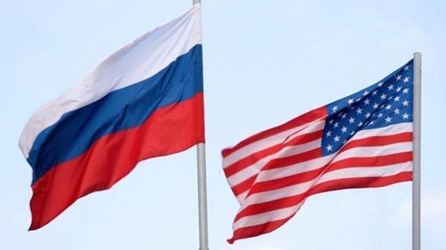 Sınır dışı edilen Rus diplomatlar ABD'den ayrıldı
