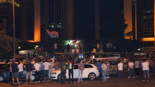 İsrail Konsolosluğu önünde Gazze protestosu