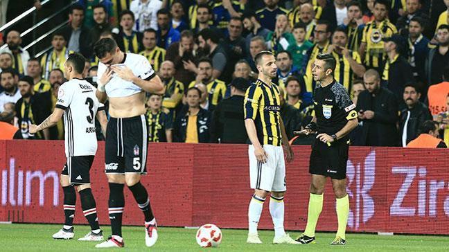 Beşiktaş'ta Pepe'nin Galatasaray derbisinde oynanması bekleniyor