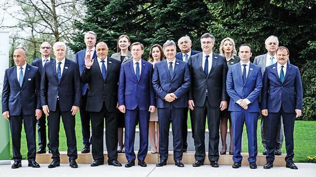 Slovenya'dan FETÖ uyarısı: Tedbirinizi alın