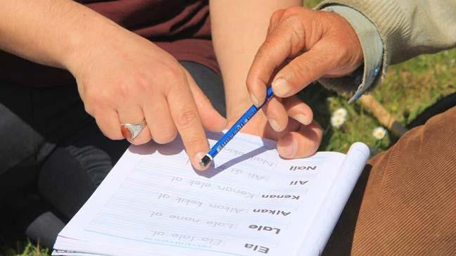 Okuryazarlık Seferberliği ile okuma yazma öğrenmek isteyenlerin sayısı 495 bin 774'e ulaştı