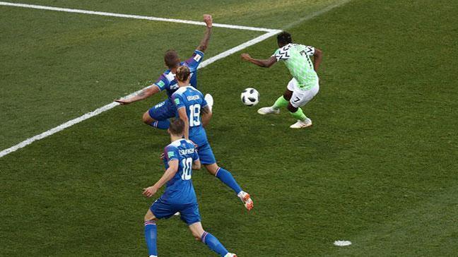 Ahmed Musa'nın golleri İzlanda'yı bitirdi