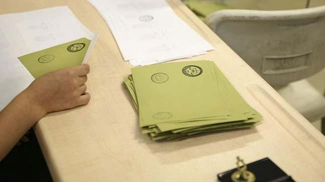 Manisa'nın Demirci ilçesine bağlı Bozköy'de oy verme işlemi 32 dakikada bitti