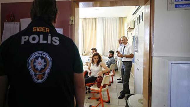 Antalya'da oy pusulalarını telefonla görüntülediği tespit edilen 21 kişiye işlem yapıldı