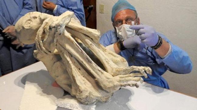 Peru'da, yeni bir insan türüne ait olduğu iddia edilen mumyalanmış ceset bulundu