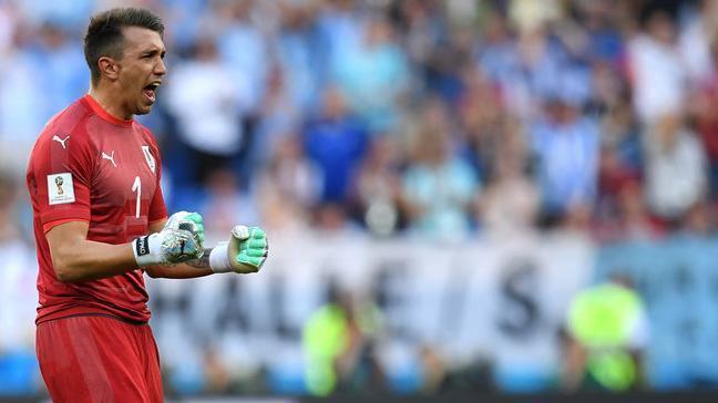 Fernando Muslera, Urugay tarihinde 100 maç barajını aşan 7. oyuncu oldu