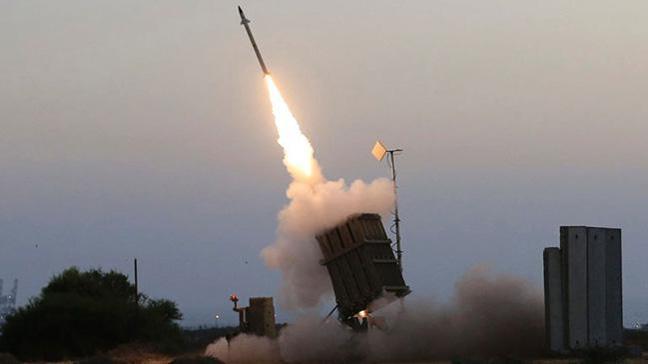 İsrail Şam Havalimanı'na iki füze fırlattı, Esed rejimi karşılık verdi