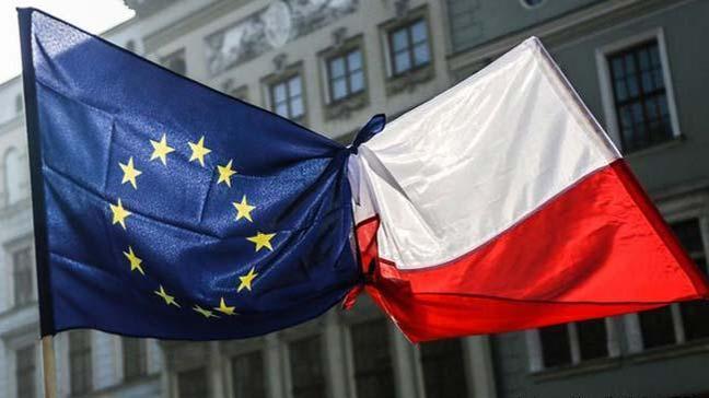 AB, Polonya'yı sorguya çekiyor