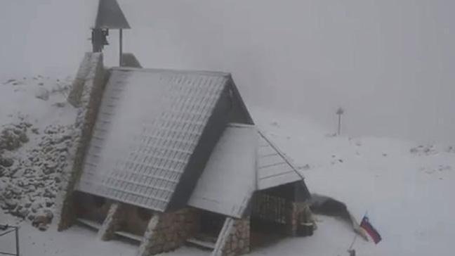 Balkanlara kar yağdı
