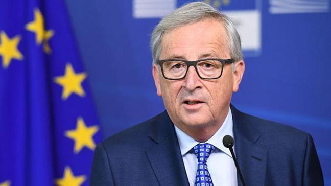 Juncker, Erdoğan'ı başarısından dolayı tebrik etti