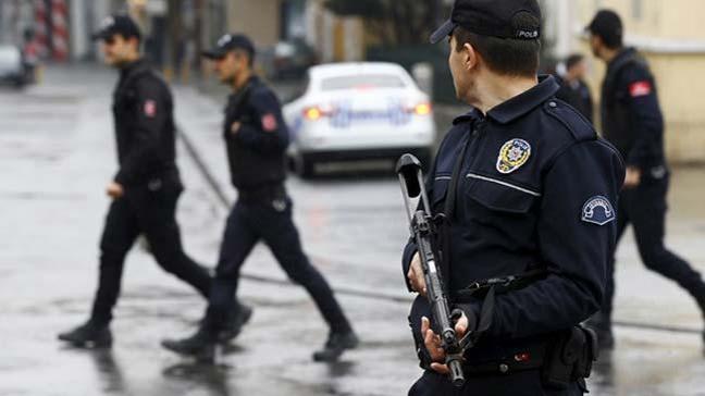 Kocaeli merkezli 16 ilde 43'ü muvazzaf 71 askeri personelin yakalanması için operasyon başlatıldı