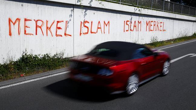 Almanya bu yazıyı konuşuyor: Merkel İslam, İslam Merkel