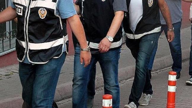 İzmir'de terör propagandasına 2 tutuklama
