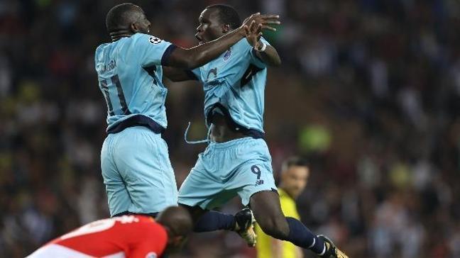 Porto Aboubakar için en az 25 milyon euro istedi