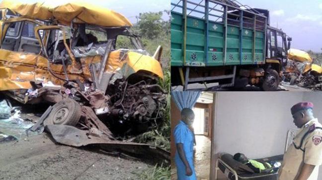 Nijerya'da trafik kazası: 12 ölü