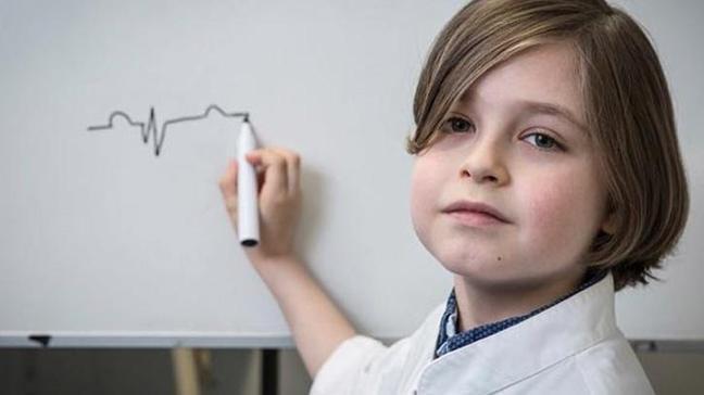 Belçika'da 8 yaşındaki çocuk üniversiteye başlayacak