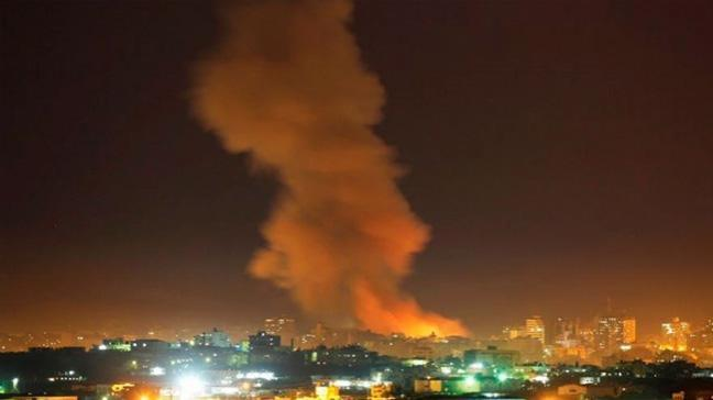 Gazze'de şiddetli patlama: 2 ölü, 8 yaralı