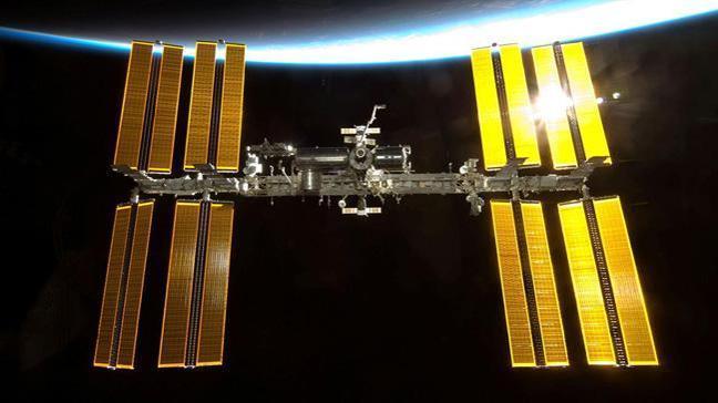Rusya uzaya iki turist götürecek