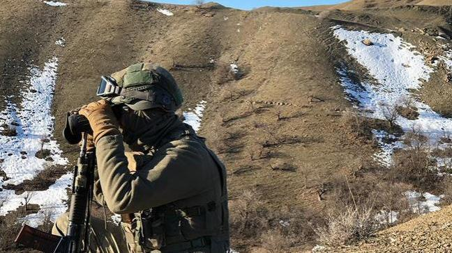 PKK'lı teröristlere ait 6 barınak ve sığınak imha edildi