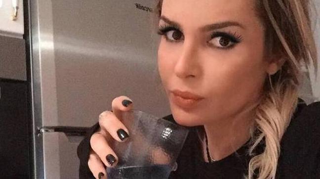 Selin Ciğerci'nin annesi ve anneannesi ile olan fotoğrafı sosyal medyada olay oldu