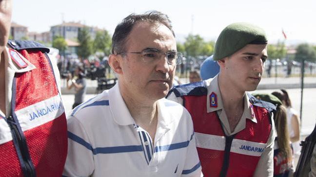 Akıncı'dan kalkan uçakların Meclisi bombaladığını inkar etti