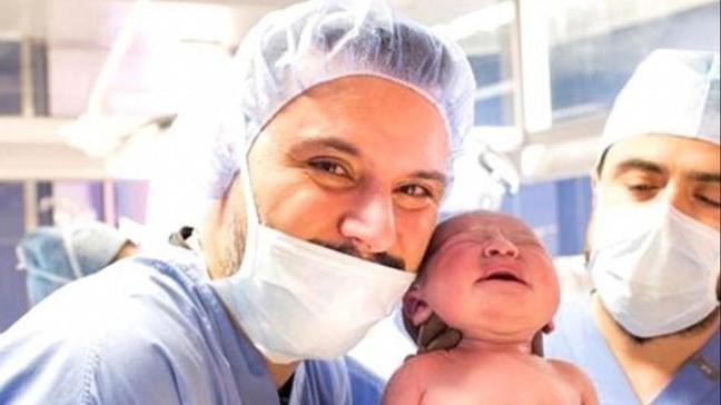 Alişan ve Buse Varol bebeklerinin kordon kanını saklattı