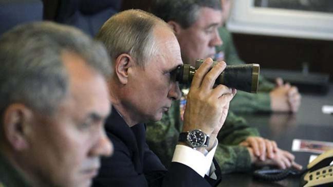 Putin'den ABD'ye tehdit: Yeni bir füze krizine biz hazırız