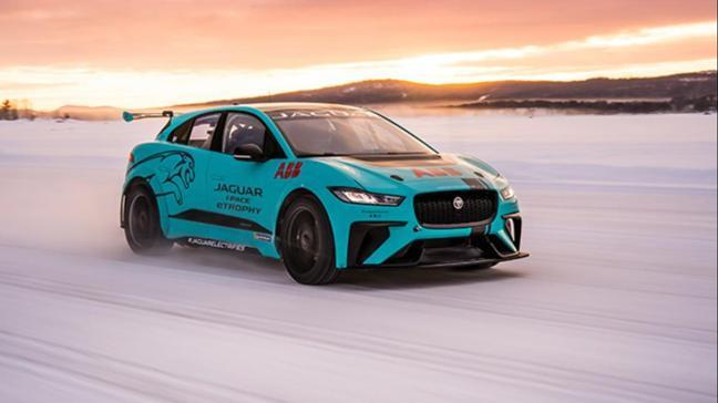 Jaguar I-Pace eTrophy dondurucu soğukta testi geçti