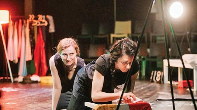 Atanamamış oyuncular: İpek ve Bahar