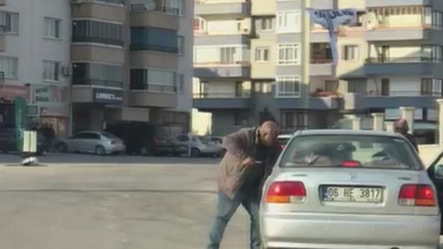 Ankara'da trafikte ölümüne kavga kamerada