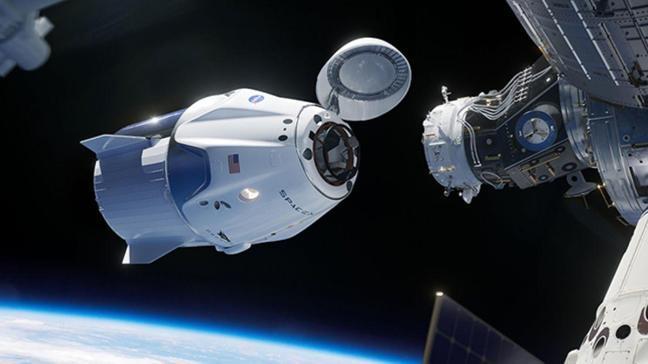 Falcon 9 roketi ile ilk testine çıkmaya hazırlanıyor