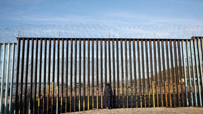 ABD Meksika sınırına bin asker daha göndermeye karar verdi