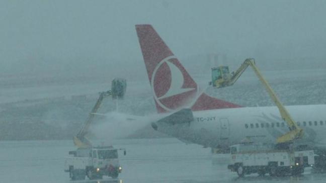 Atatürk Havalimanı'nda 66 sefer iptal oldu
