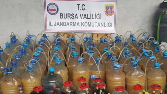 Bursa'da bin 400 litre sahte içki ele geçirildi