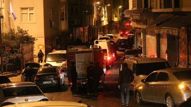 İstanbul'da terör operasyonu: Kapılar oksijen tüpü ile kesildi