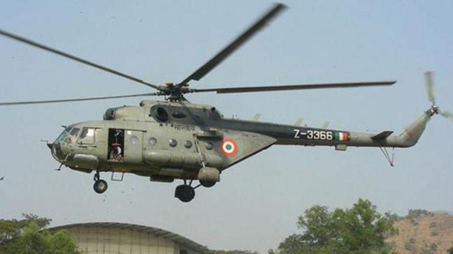 Cammu Keşmir'de Hindistan'a ait bir askeri helikopter düştü