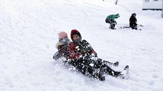 Ağrı'da kar tatili uzatıldı