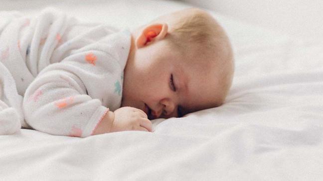 """Uyku bebeklerin gelişimine nasıl etki eder"""""""