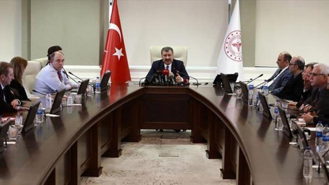 Sağlık Bakanı Koca: Tahran'dan gelen vatandaşların testleri negatif çıktı, Türkiye'de koronavirüse rastlanmadı