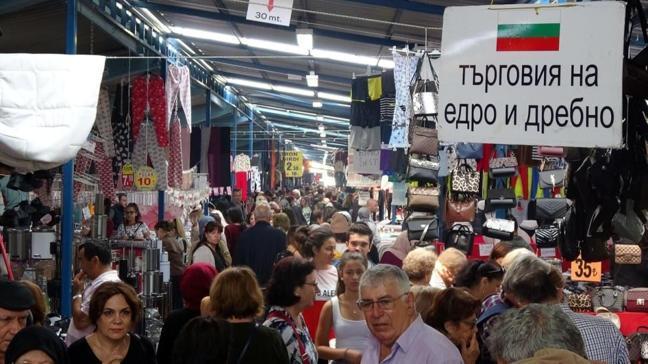 Edirne'de Bulgar ve Yunan turistlerin geldiği pazar koronavirüs tedbiri amacıyla kapatıldı