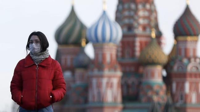 Rusya'da koronabirüs tedbirini ihlal edenler terör eylemi kapsamında yargılanacak