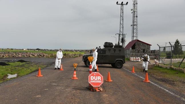 Mahalledeki bir kişide koronavirüs tespit edildi, 2 bin 500 kişi karantina altına alındı