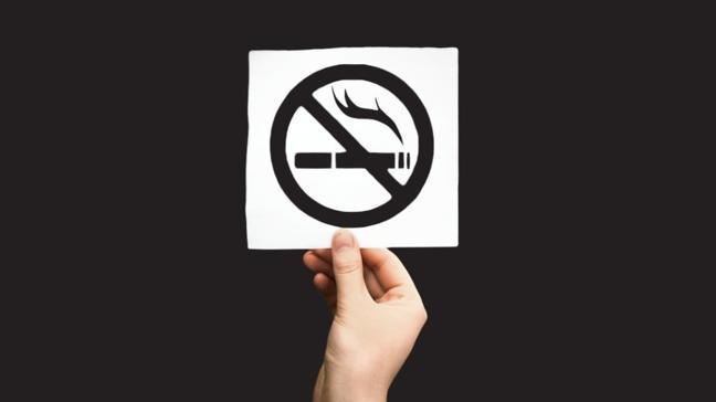 Sigara koronavirüs riskini 14 kat artırıyor