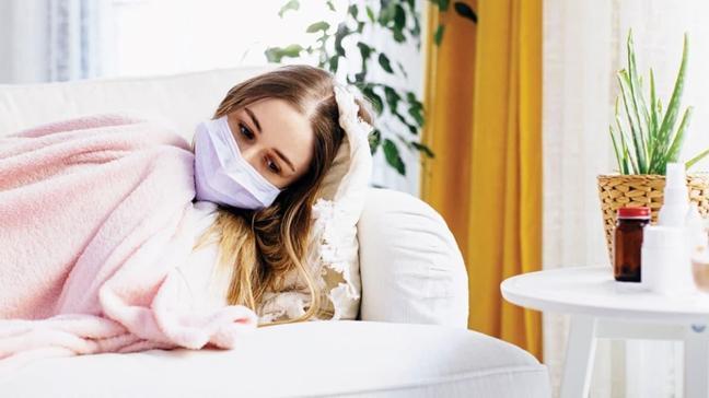 Bilim Kurulu üyesi Prof. Dr. Azap: Sadece riskli kişiler hastanede yatmalı