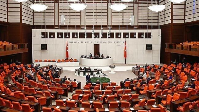 Yapılamayan eğitimlerin telafisi ve yeni düzenlemeleri içeren kanun teklifi kabul edildi