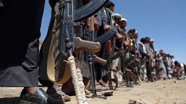 Yemen'de ordu ile BAE destekli güçler arasında çatışma
